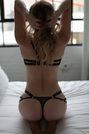 Leyanne independent escorts in Tehachapi