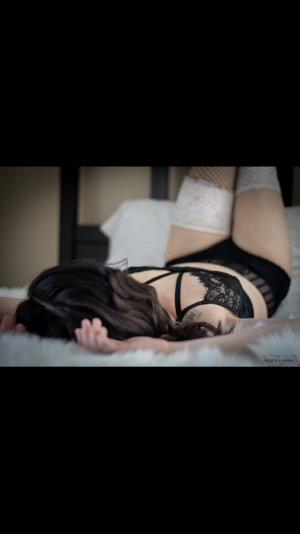 Jeanne-laure outcall escort in Edmond