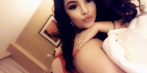 Alcina escort girls in Taylor TX