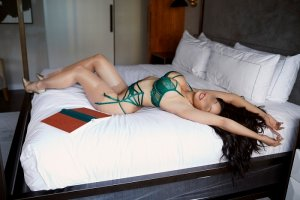 Corail escorts services in Mount Vernon WA